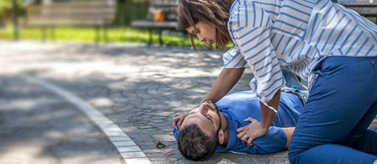 Bệnh đột qụy - điều trị và phòng tránh thế nào? 1