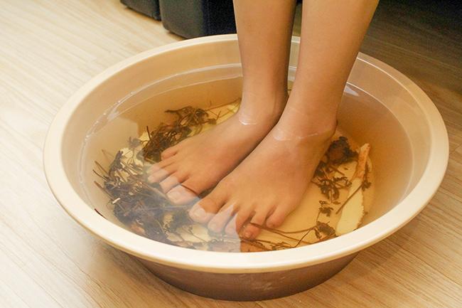 Tác dụng của ngâm chân đối với giấc ngủ 1