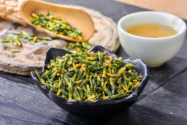 6. Uống trà thảo dược 1