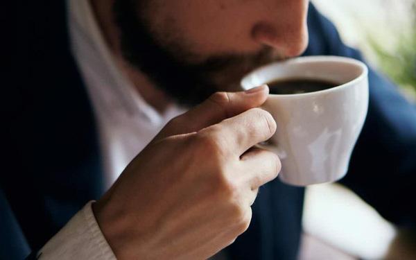 Tránh tiêu thụ quá nhiều caffeine 1